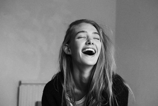 Cuộc sống của bạn tràn ngập tiếng cười.(Ảnh: Internet)