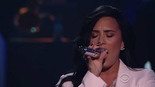 Demi Lovato khiến khán giả
