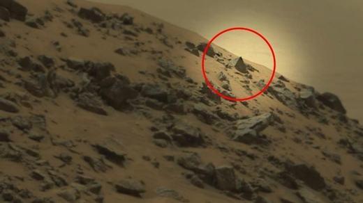 Trên sao hỏa có kim tự tháp chăng? (Ảnh: NASA)