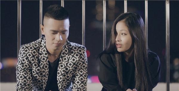 Sự xuất hiện của người đẹp Hà Anh trong MV Wish cũng khiến khán giả vô cùng thích thú.
