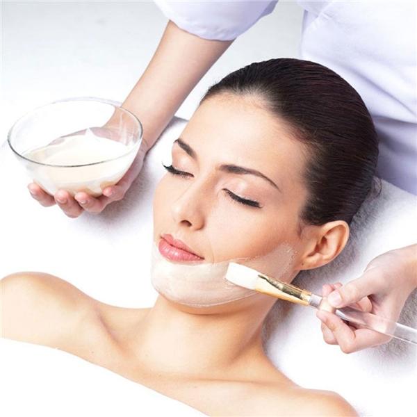 Cần chọn loại mặt nạ phù hợp với tình trạng da mặt. Khi đắp mặt nạ cho da, nên tuân thủ thời gian sử dụng và làm sạch da với nước ấm sau đó.