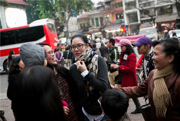 Thu Phương xúc động khi quay về ghé thăm nhà hát Tuổi Trẻ sau 30 năm - Tin sao Viet - Tin tuc sao Viet - Scandal sao Viet - Tin tuc cua Sao - Tin cua Sao