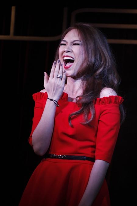 Nụ cười thả ga của Mỹ Tâm luôn khiến người hâm mộ vô cùng phấn khích. - Tin sao Viet - Tin tuc sao Viet - Scandal sao Viet - Tin tuc cua Sao - Tin cua Sao