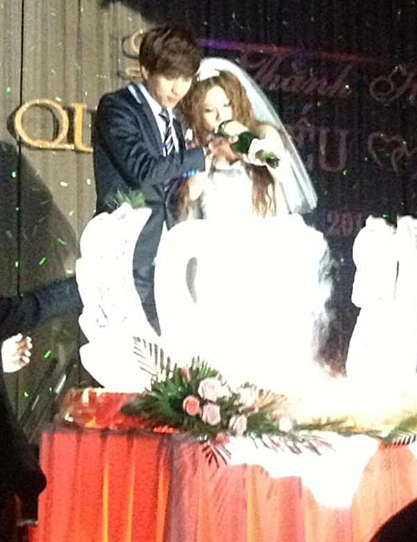 Bức ảnh được cho là chụp tại đám cưới của Hồ Quang Hiếu và Ivy. (Ảnh: Internet) - Tin sao Viet - Tin tuc sao Viet - Scandal sao Viet - Tin tuc cua Sao - Tin cua Sao