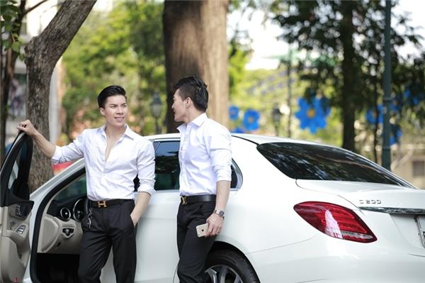 Quốc Cơ và Quốc Nghiệp là hai nghệ sĩ ưu tú trẻ nhất Việt Nam.
