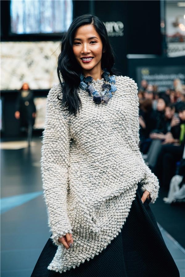 Hơn 300 thương hiệu mới từ khắp nơi trên thế giới được bổ sung vào chương trình mỗi mùa. Cũng là nơi quy tụ những NTK nổi tiếng, những thương hiệu và sản phẩm chất lượng gửi đến người yêu thời trang.