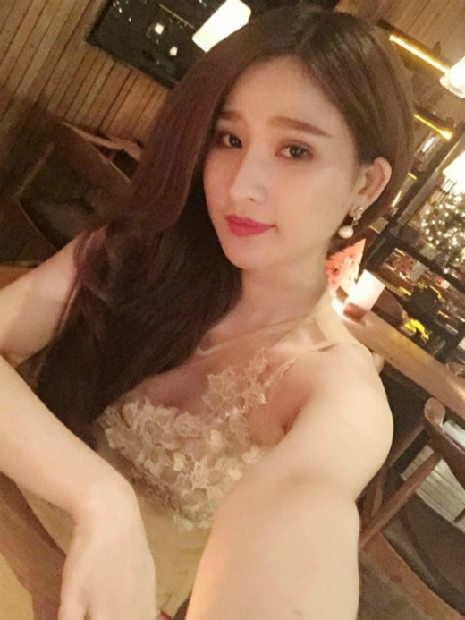 Cô người mẫu ảnh sinh năm 1992 này không ngại chia sẻ về những tháng ngày hôn nhân bất hạnh. (Ảnh: Internet) - Tin sao Viet - Tin tuc sao Viet - Scandal sao Viet - Tin tuc cua Sao - Tin cua Sao