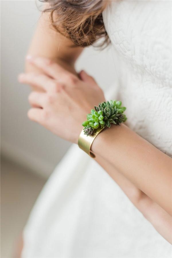 Người trẻ Mĩ đang rất ưa chuộng món trang sức này. Họ thường mua tặng các cô dâu như một món quà cưới dễ thương.(Ảnh: Bored Panda)