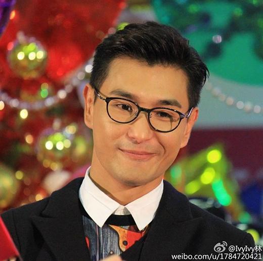 Ngoài là diễn viên,Hồ Định Hân và Trần Triển Bằng còn được biết đến với vai trò ca sĩ khi có nhiều ca khúc được sử dụng làm nhạc phim.