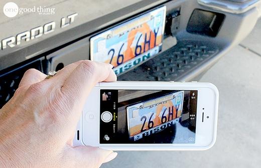 Khi mượn xe nhớ chụp lại hình dáng chiếc xe và biển số đề phòng trường hợp bạn quên mất nó trông như thế nào. (Ảnh: Internet)