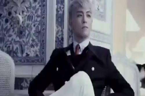 Những cập nhật mới nhất của T.O.P lại khiến fan