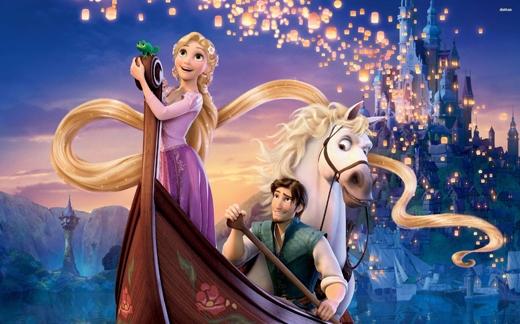 """Mọi người thường cho rằngElsa là công chúa đầu tiên của nhà Disney sở hữu năng lực siêu nhiên. Tuy nhiên, công chúa có khả năng """"thần thánh"""" đầu tiên lại là Rapunzel của Tangled. Cô nàng gây ấn tượng với bộ tóc dài vô đối (hơn 21m) và có khả năng chữa lành mọi vết thương hay lưu giữ tuổi trẻ cho con người."""