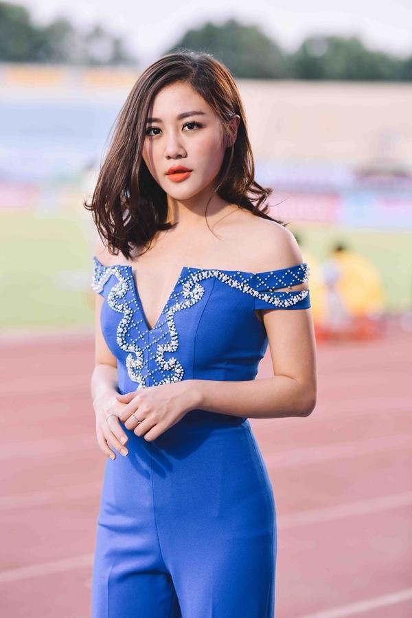Nữ ca sĩ ngày càng trưởng thành trong việc định hình phong cách và hình ảnh. - Tin sao Viet - Tin tuc sao Viet - Scandal sao Viet - Tin tuc cua Sao - Tin cua Sao