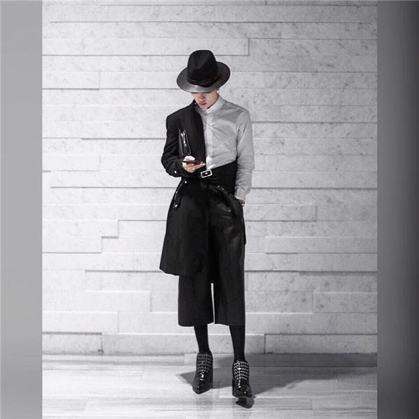 Với phong cách thời trang khác biệt cùng gu thẩm mĩ độc đáo, Kelbin Lei đã được nhiều thương hiệu lớn trên thế giới chú ý và chọn làm gương mặt đại diện cho những chiến dịch quảng cáo gần đây.