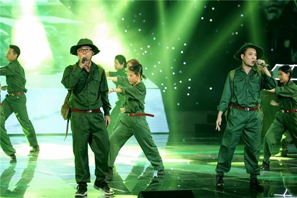 Biên đạo múa Hà Lê cũng đã góp mặt vào ca khúc khi cùng song ca với Justatee. - Tin sao Viet - Tin tuc sao Viet - Scandal sao Viet - Tin tuc cua Sao - Tin cua Sao