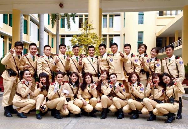 Niềm vui và tự hào tràn đầy trong ngày kỉ niệm truyền thống của lực lượng CSGT.