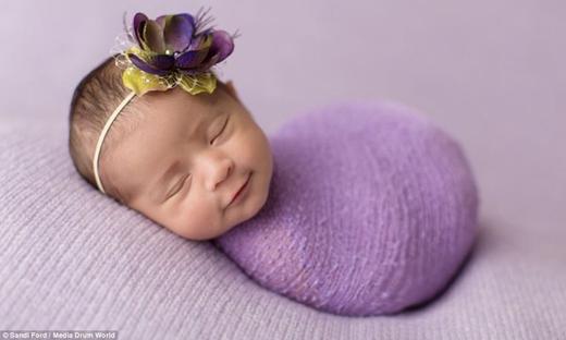 Sinh con gái cũng là quan niệm được dân gian cho là nên tránh.(Ảnh: Internet)