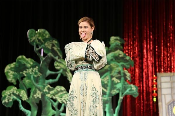 Năm nay, với vai diễn trong phim Nữ đại gia sẽ được phát hành ngày 1/4, Trương Quỳnh Anh đang được dự đoán là gương mặt điện ảnh mới cùng với Diễm My, Chi Pu, Ninh Dương Lan Ngọc... - Tin sao Viet - Tin tuc sao Viet - Scandal sao Viet - Tin tuc cua Sao - Tin cua Sao