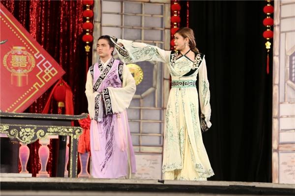 """Một vài cảnh diễn """"xuất thần"""" của Trương Quỳnh Anh trên sân khấu kịch. - Tin sao Viet - Tin tuc sao Viet - Scandal sao Viet - Tin tuc cua Sao - Tin cua Sao"""