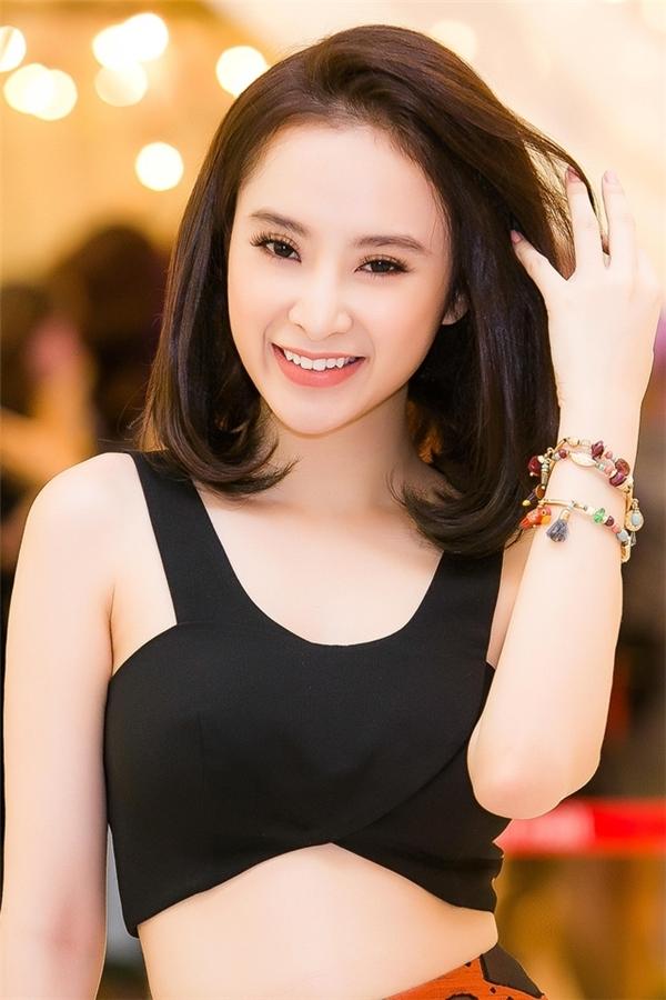 Angela Phương Trinh nhận được nhiều lời khen ngợi vì đã thay đổi phong cách. - Tin sao Viet - Tin tuc sao Viet - Scandal sao Viet - Tin tuc cua Sao - Tin cua Sao