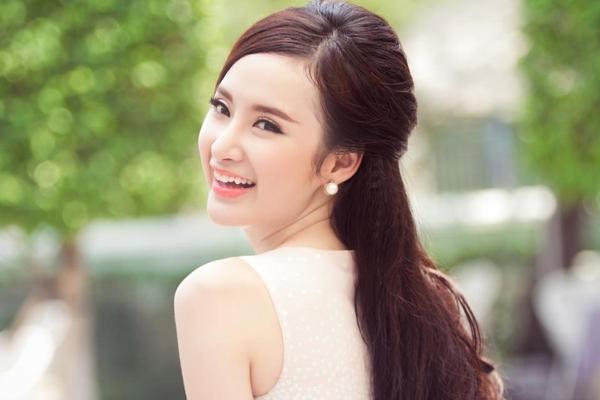 Cô nàng luôn nằm trong danh sách những người đẹp tài năng của showbiz Việt. - Tin sao Viet - Tin tuc sao Viet - Scandal sao Viet - Tin tuc cua Sao - Tin cua Sao