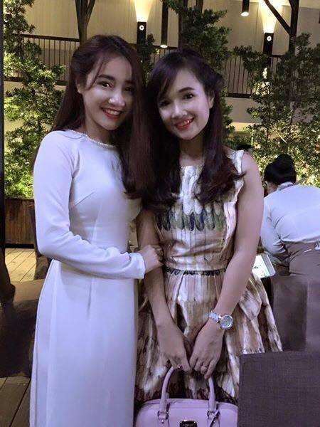 """Dễ dàng nhận thấy, trong những bức ảnh chụp chung, Nhã Phương và chị gái sở hữu khuôn mặt giống nhau """"y xì đúc"""". - Tin sao Viet - Tin tuc sao Viet - Scandal sao Viet - Tin tuc cua Sao - Tin cua Sao"""