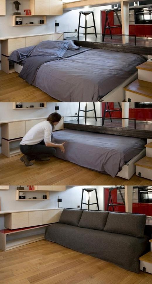 Một thiết kế giường khác được dấu bên dưới gian bếp. Nhưng có một điểm đặc biệt, chính là khi bạn giấu giường vào thì lại có ngay một chiếc tràng kỷ rộng rãi. (Ảnh: Internet)