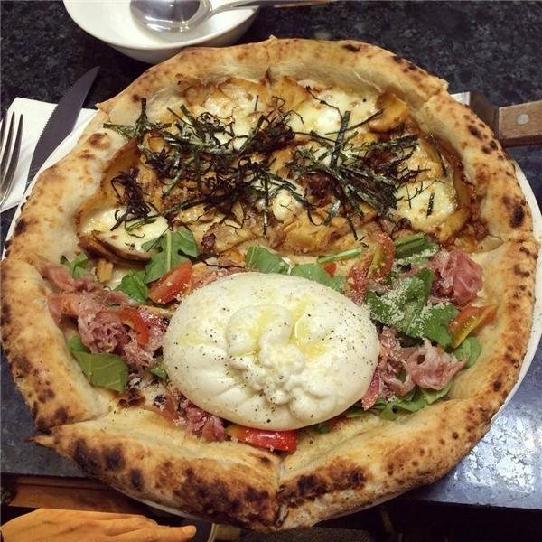 Loại pizza cực quyến rũ đến từ xứ sở hoa anh đào hay từ khi mới xuất hiện đã nhanh chóng chiếm trọn cảm tình của giới trẻ. (Ảnh: Internet)