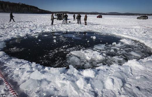 Thiên thạch rơi trước đó tại Nga. (Ảnh: Internet)
