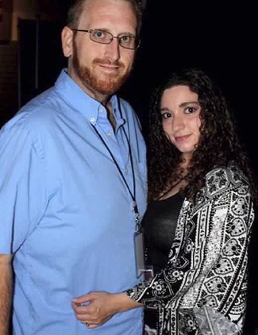Zach và vợ(Ảnh: Internet)