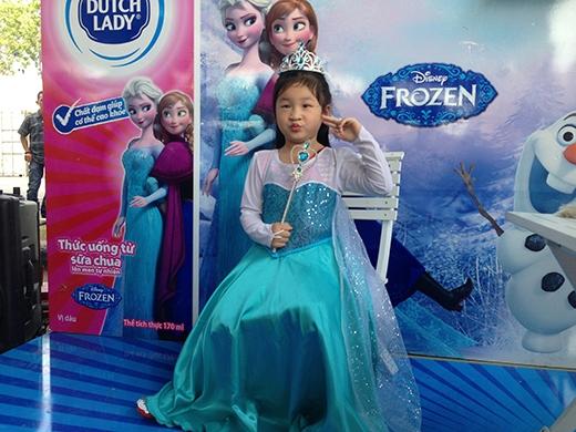 Hàng ngàn khán giả Sài Thành nô nức đến sân khấu băng Disney đầu tiên