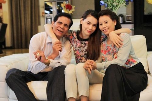 Khi bố mẹ lên tiếng bênh vực sao Việt giữa bão scandal - Tin sao Viet - Tin tuc sao Viet - Scandal sao Viet - Tin tuc cua Sao - Tin cua Sao
