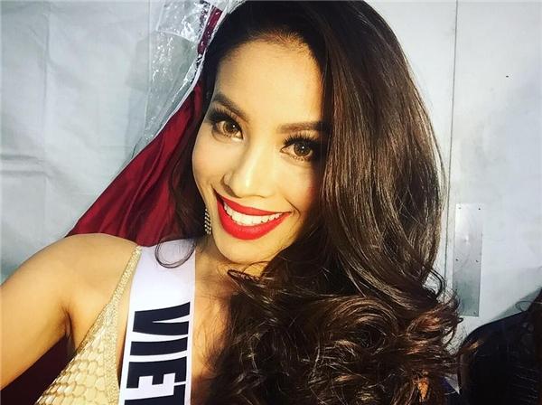 Đôi môi dày, rộng là điểm cộng khá lớn cho Phạm Hương khi chính thức trở thành đại diện Việt Nam tại Hoa hậu Hoàn vũ 2015. Nhiều khán giả quốc tế cho rằng, vẻ đẹp của người đẹp gốc Hải Phòng đã chứng minh cho quan điểm thẩm mĩ ngày càng tiệm cận với thế giới của các chuyên gia sắc đẹp tại Việt Nam.