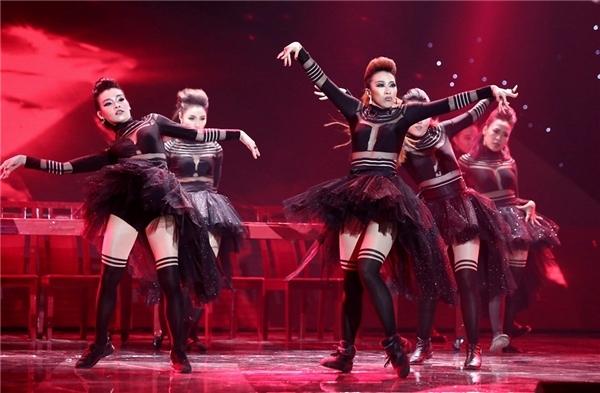 Nhìn lại chặng đường đầy tiềm năng của Hoàng Thùy Linh tại The Remix - Tin sao Viet - Tin tuc sao Viet - Scandal sao Viet - Tin tuc cua Sao - Tin cua Sao