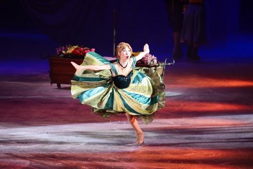 Công chúa Anna nhí nhảnh và màn trượt băng ấn tượng