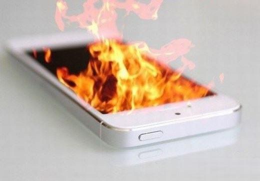 Điện thoại quá nóng do nhiều chương trình hoạt động cùng lúc. (Ảnh: Internet)