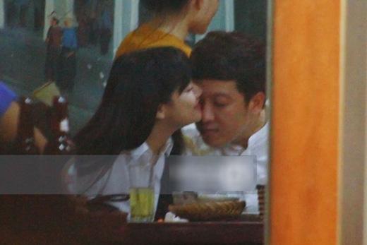 Ngày 27/08, cặp đôi hẹn hò và đi ăn đêm tại Hà Nội. (Ảnh: Internet) - Tin sao Viet - Tin tuc sao Viet - Scandal sao Viet - Tin tuc cua Sao - Tin cua Sao