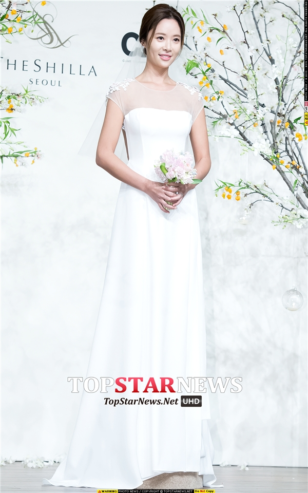 Hai tình cũ và dàn sao Hàn nô nức dự lễ cưới của Hwang Jung Eum