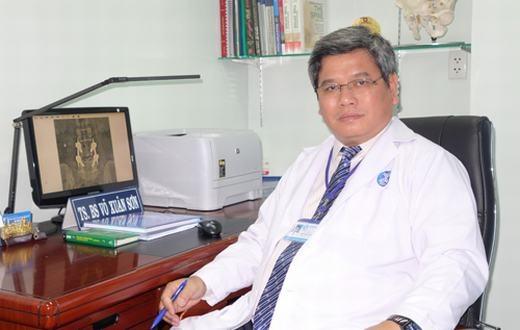 Bác sĩ Võ Xuân Sơn.