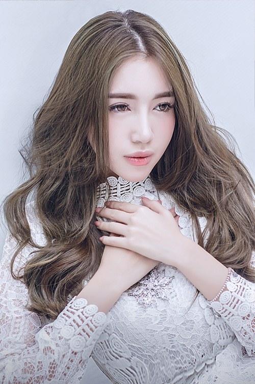 Elly Trần là một trong số những bà mẹ của showbiz lấy lại vóc dáng nhanh nhất sau khi sinh - Tin sao Viet - Tin tuc sao Viet - Scandal sao Viet - Tin tuc cua Sao - Tin cua Sao