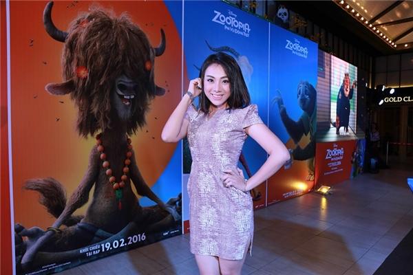 Lan Trinh chia sẻ rằng cô rất cố gắng hoàn thiện tốt cho vai diễn của mình dù đã bị đau mắt trong suốt quá trình lồng tiếng.