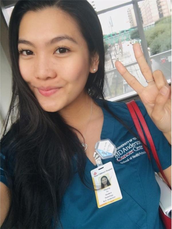 Cô nữ du học sinh đang theo học bằng cử nhân Y khoa. (Ảnh: Internet)