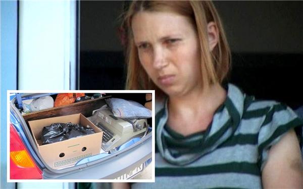 Elena Smocot, 27 tuổi, đã giẫm chết con mình trước khi chặt tay chân đứa trẻ bằng một con dao làm bếp. (Ảnh: CEN)