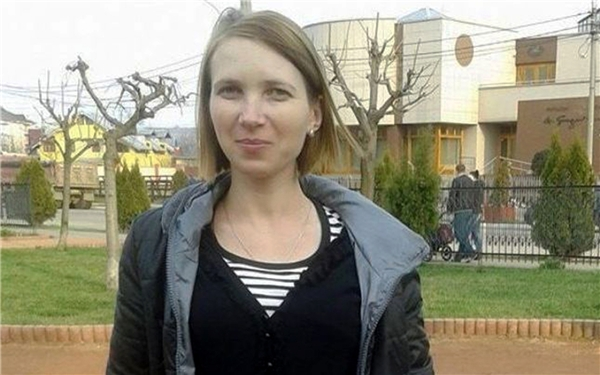 Khi thực hiện hành vi tội ác này, Smocot đang ở nhà riêng tại Barlad, Romania, cùng con trai 4 tuổi và cháu trai 7 tuổi.(Ảnh: CEN)