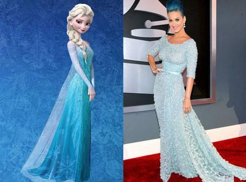 Katy Perry từng sở hữu bộ váy xuyên thấu có cấu trúc gần giống váy của Elsa.