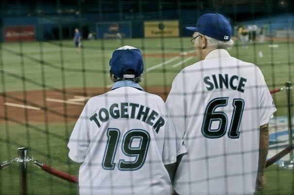 """""""Together since 1961"""" - Bên nhau từ năm 1961. (Ảnh: Internet)"""