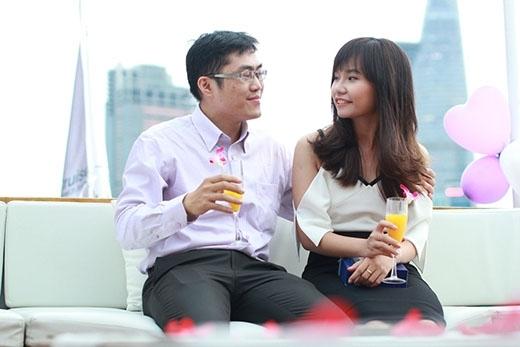 Với ngoại hình được tút tát và địa điểm hẹn hò được chương trình chăm chút cẩn thận, cô gái đã có một buổi hẹn hò không thể chê