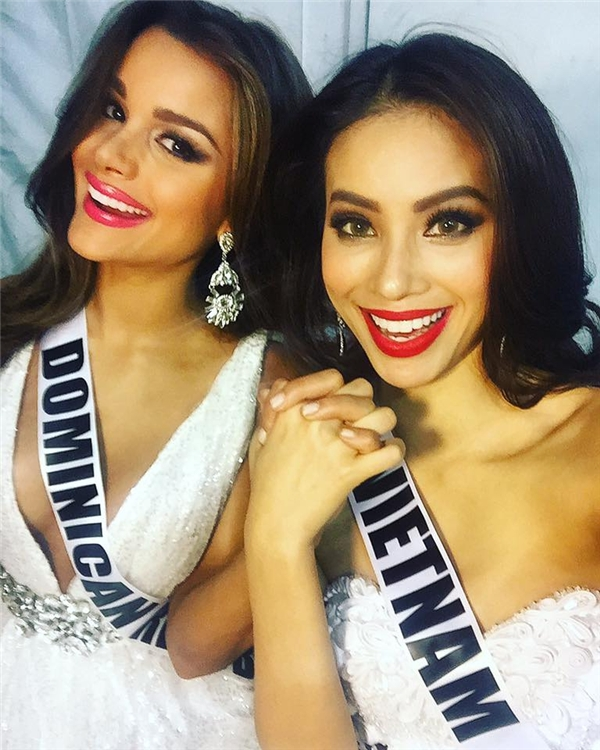 Đôi bạn thân tại Miss Universe 2015. - Tin sao Viet - Tin tuc sao Viet - Scandal sao Viet - Tin tuc cua Sao - Tin cua Sao