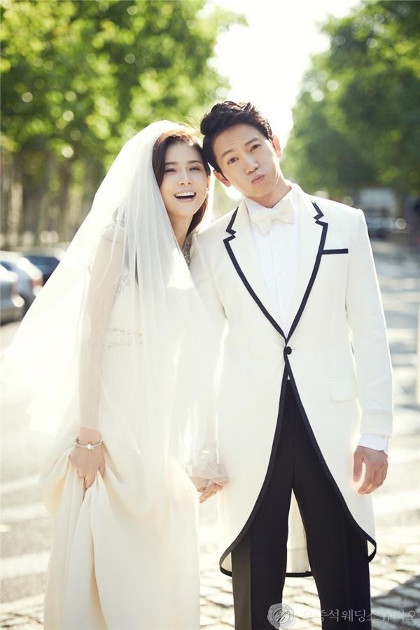 Bất ngờ trước món quà sinh nhật Lee Bo Young dành cho chồng Ji Sung