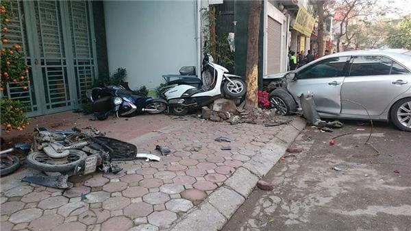Hiện trường vụ tai nạn kinh hoàng làm 3 người chết. Ảnh: Internet